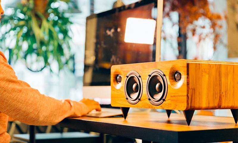 MIN7 : The Multi-function Handmade Wooden Speaker